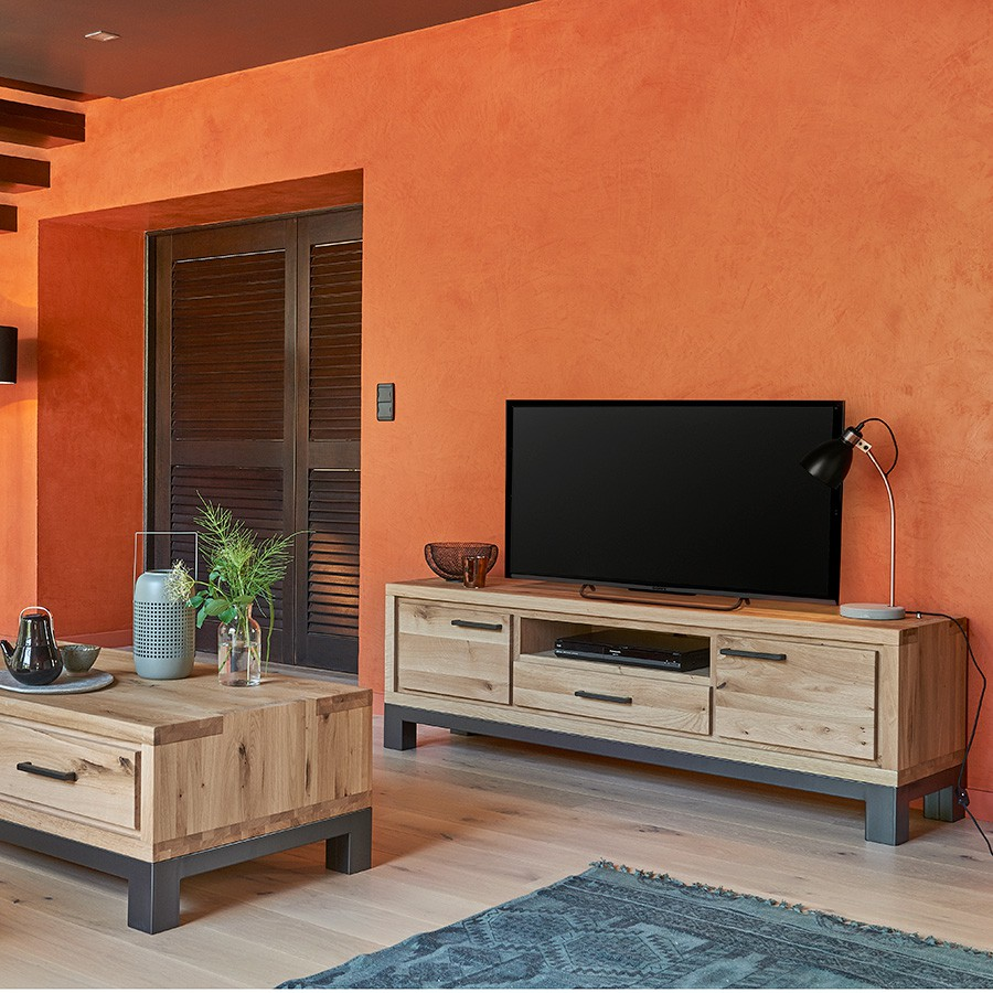 grand meuble tv 2 portes forest en ch ne 100 massif. Black Bedroom Furniture Sets. Home Design Ideas