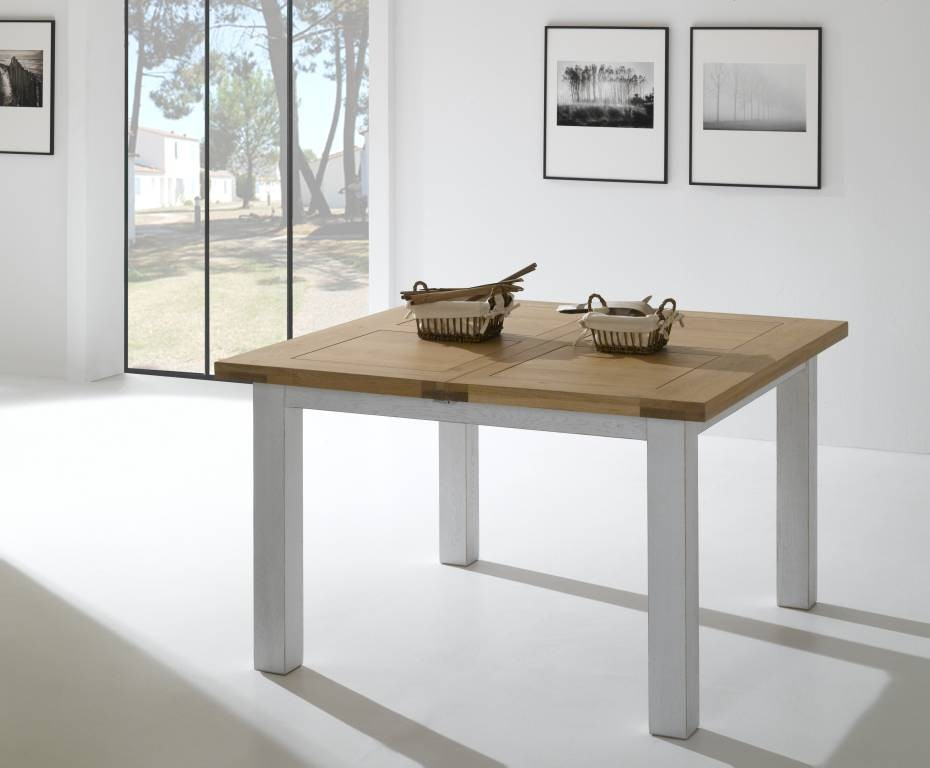 table carrée en chêne massif 125
