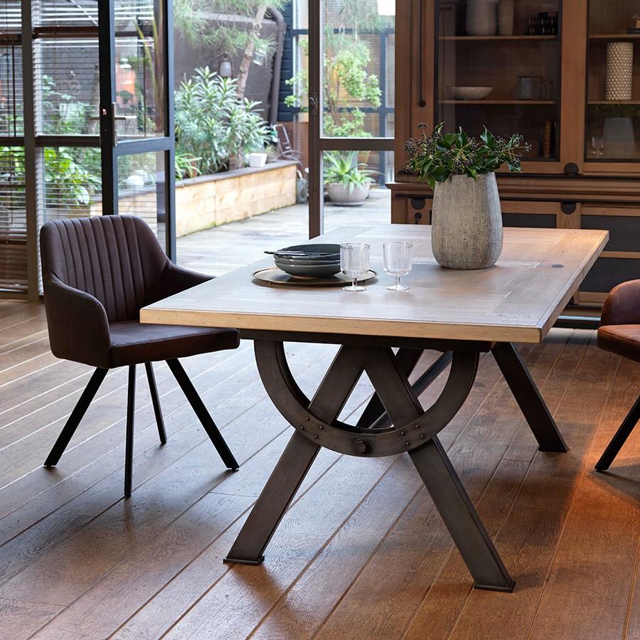 Table salle à manger style atelier de chez Artcopi